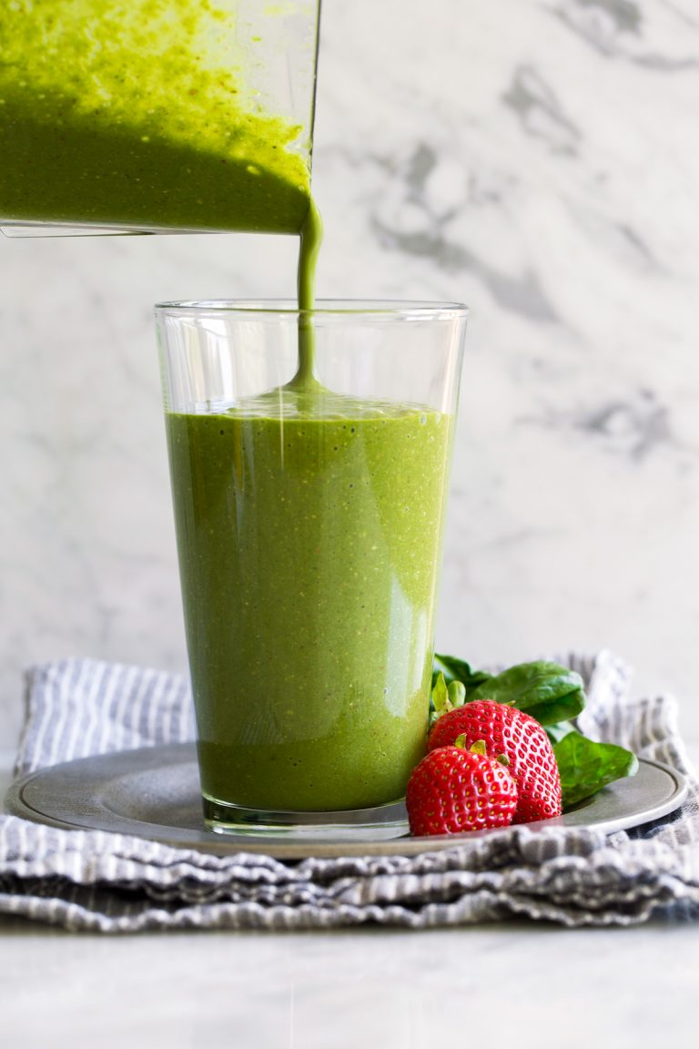 green-smoothie-9-768x1152